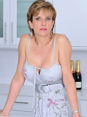 Elegant british mom