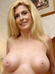This older whore is as sweet as Sugar!